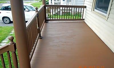 Patio / Deck, 340 Roosevelt Ave, 1