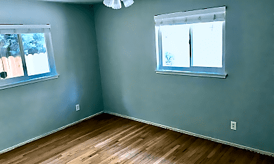 Bedroom, 1161 34th Ave, 2