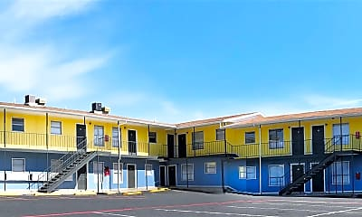 Building, 420 N Gilmer St, 2