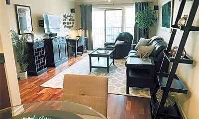 Dining Room, 35300 Woodward Ave 403, 1