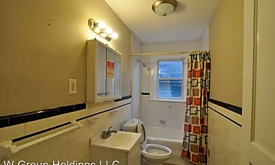 Bathroom, 308 Midland Ave, 2