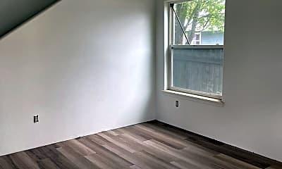 Bedroom, 517 N Ivy St, 1