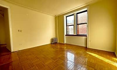 Living Room, 3657 Broadway 5-E, 1