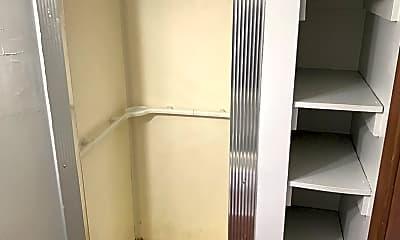 Bathroom, 10669 Jonestown Rd, 2