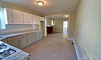 Kitchen, 48 Hopkins Pl, 1