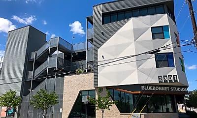 Bluebonnet Studios, 0