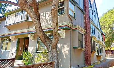 Building, 2267 Hearst Ave, 2