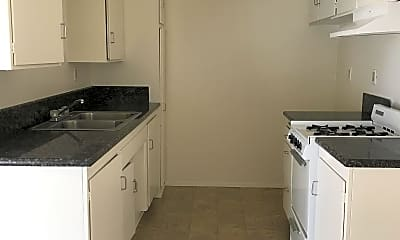 Kitchen, 5150 Neptune Square, 1