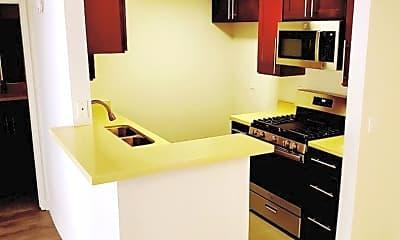 Kitchen, 864 S New Hampshire Ave, 1