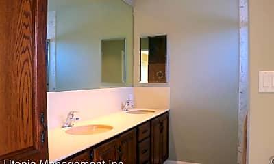 Bathroom, 298 Huntington Ave, 1