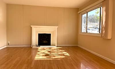Living Room, 209 Wicklow Dr, 1