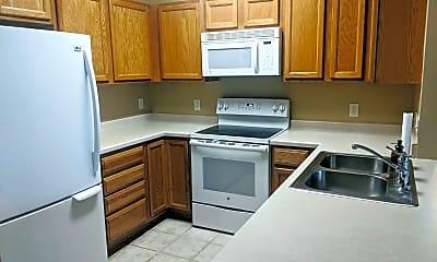 Kitchen, 6776 Meadow Grass Ln S, 1