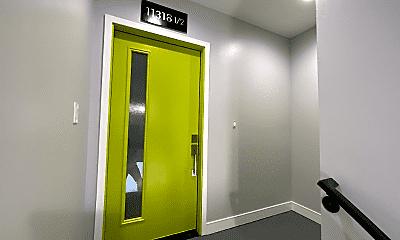 Bathroom, 11318 Miranda St, 1