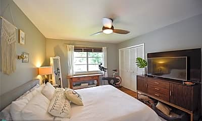 Bedroom, 23 NE 20th Ct, 2