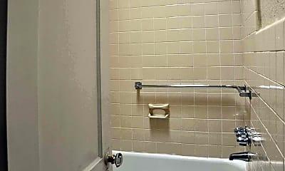Bathroom, Woodbury Court, 2