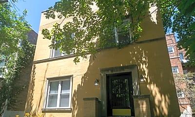 Building, 1026 W Dakin St, 2