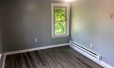 Living Room, 651 Main St, 2