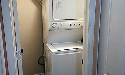 Bathroom, 43284 Mound Rd 25, 2
