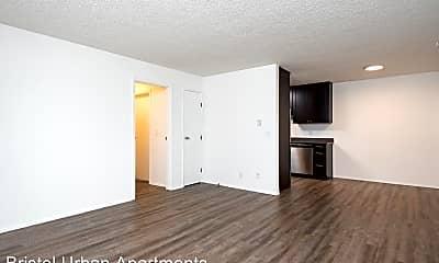 Living Room, 3021 NE Glisan St, 0