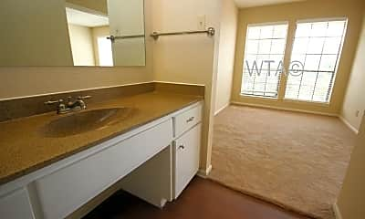 Kitchen, 109 W French, 1