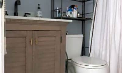 Bathroom, 2 Seminary St, 1