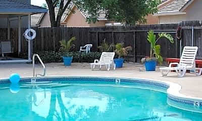 Pool, Hidden Place, 0