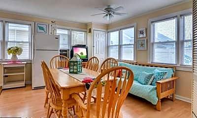 Dining Room, 74 O St C--SUMMER, 1