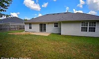 Building, 20613 Highland Dr, 2