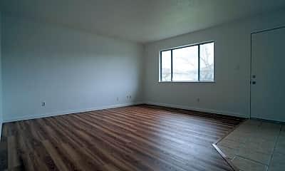 Living Room, 4600 Greenholme Dr, 1