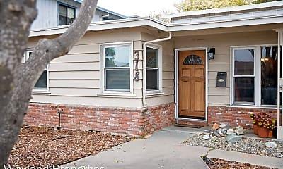Building, 318 Branner Ave, 1