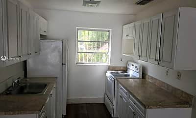 Kitchen, 4402 SW 10th St, 1