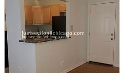 Kitchen, 4901 S Michigan Ave, 1