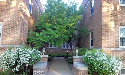 Building, 409 Park Ave, 1
