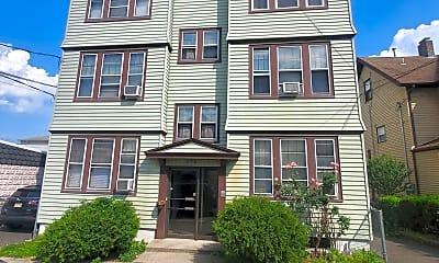 Building, 570 Devon St, 0