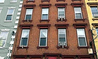 Building, 109 Madison St 5, 0