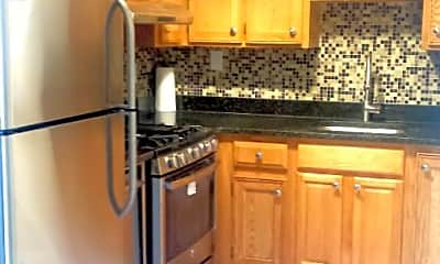 Kitchen, 31-28 47th St, 0