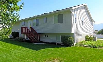 Building, 182 S 1125 W, 2