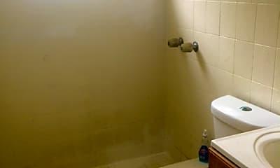 Bathroom, 2228 Grant St, 2