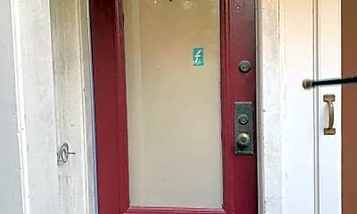 Bathroom, 1425 Clay St, 1