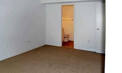Bedroom, Willow Woods, 2