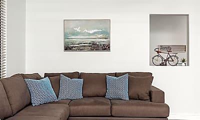 Living Room, 15252 N 100th St 1176, 1