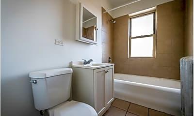 Bathroom, 8001 S Ellis Avenue, 2