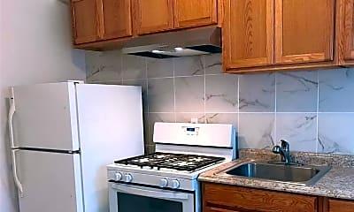 Kitchen, 168 Ormonde Blvd, 1