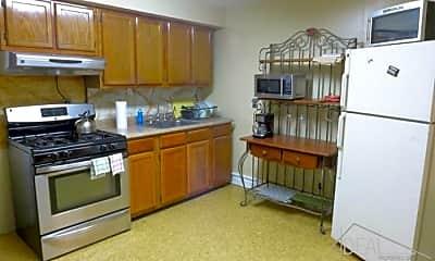 Kitchen, 156 Woodruff Ave, 2