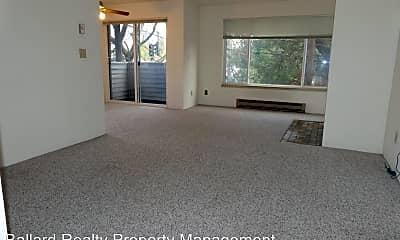 Living Room, 555 N 105th St, 1
