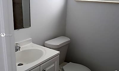 Bathroom, 3225 NE 7th St 8, 1