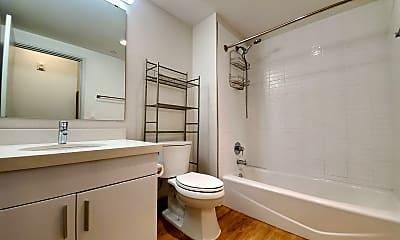 Bathroom, 610 Ala Moana Blvd, 1