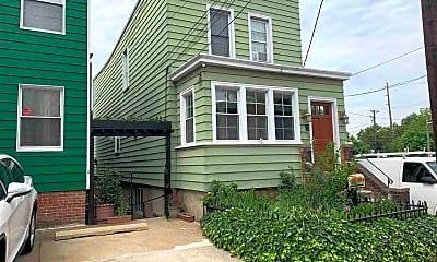 Building, 163 Glenwood Ave B, 1