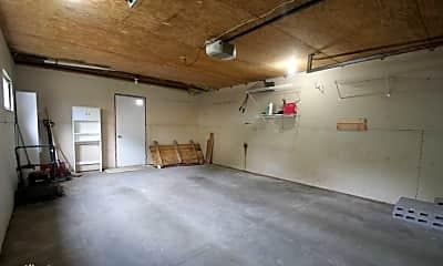 Living Room, 806 8th Ave SE, 2
