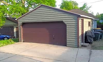 Building, 6517 Milwaukee Ave, 2